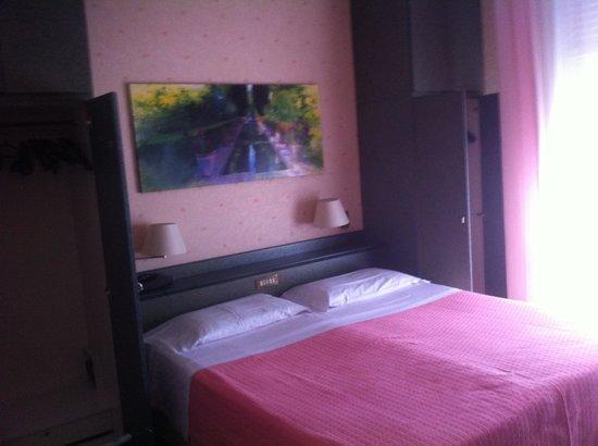 Hotel Harrys' Garden: Camera sempre ben pulita