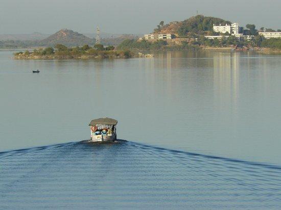 Jaisamand Lake Boat Trip