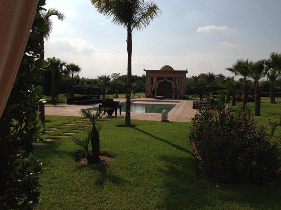 Villa Dar Babeldom: Jardin