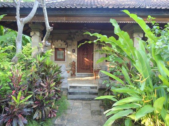 Matahari Beach Resort & Spa : Zimmer bzw. Häuschen