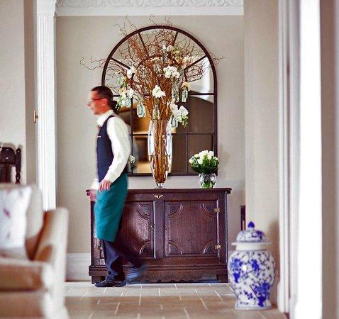 Longueville Manor: Lobby