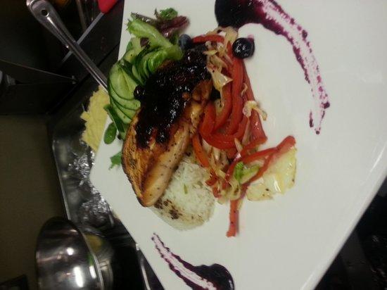 PRIME Social Kitchen: blue berry salmon