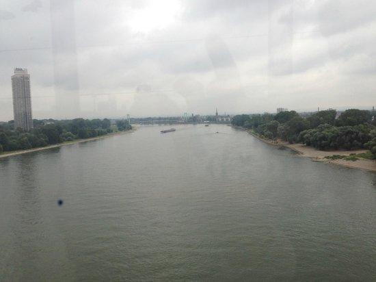 Rheinseilbahn: View