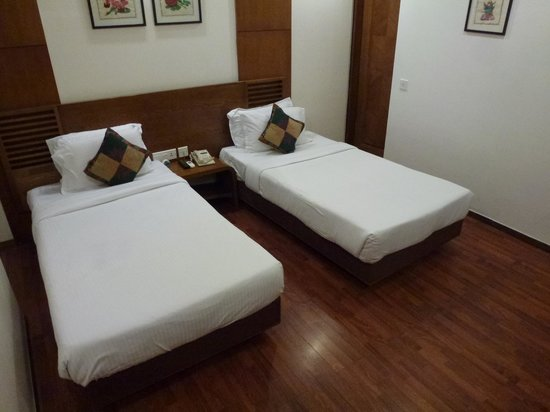 "Bawa Walson Spa ""O"" Tel: Twin room"