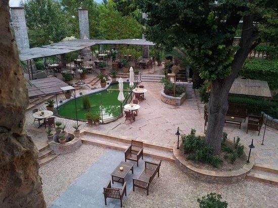 Finca Ca N'Ai: Blick von Zimmer 4 auf Restaurant/Innenhof