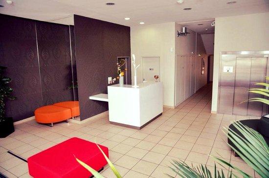Lagrange Appart Hotel Saint Michel : LOBBY