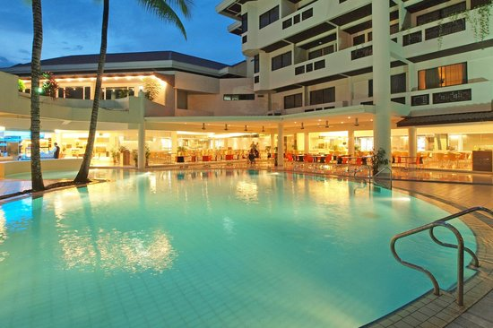 Grand Dormani Rajah Court Hotel: Swimming Pool