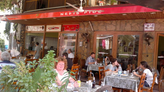 Nefis Pide: lunch at nefis