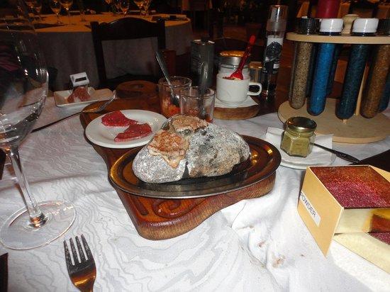 Campo Grande Resto Bar: Carne a la piedra.