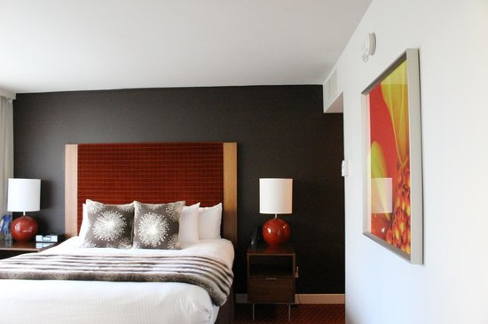 Hotel Modera: The Room