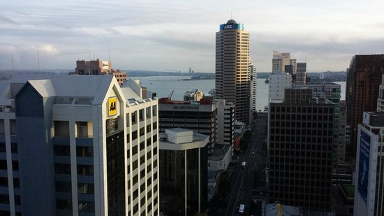 Crowne Plaza Auckland: View from the Lounge