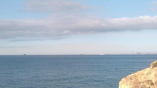 Tamarit Park Resort: vista desdel castillo Tamarit  del puerto Tarragona