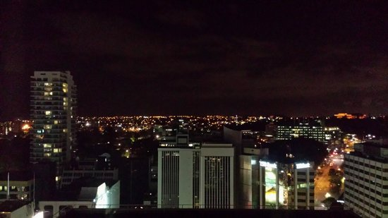Crowne Plaza Auckland : East facing 1