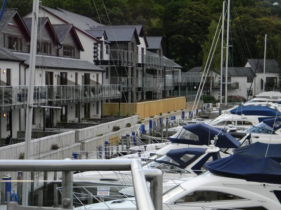 Windermere Marina Village: The Marina