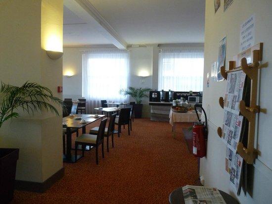 Le Grand Hotel de la Plage - Royan : Salle de déjeuner