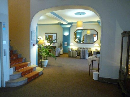 Le Grand Hotel de la Plage - Royan : La réception