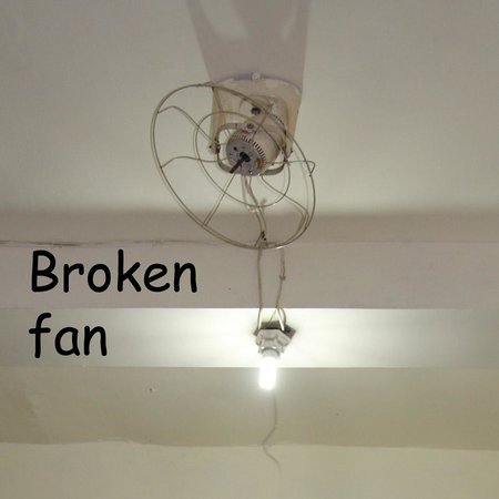 Merbabu Hotel: Broken Fan