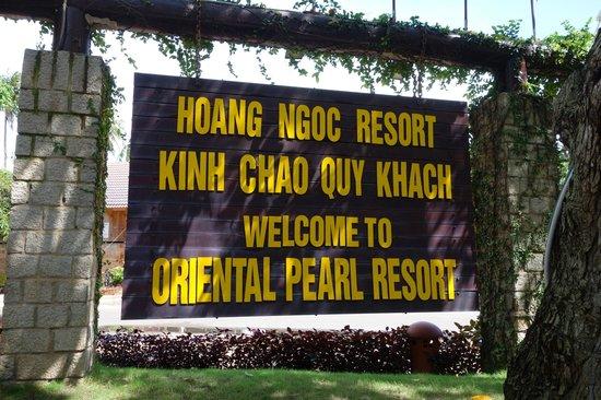 Hoang Ngoc Resort: название отеля