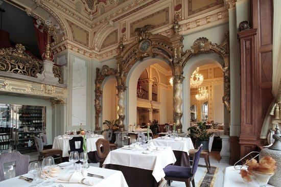 Salon Fine Dining Restaurant Picture Of New York Palace