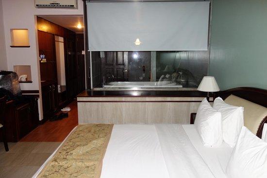 Hoang Ngoc Resort: Вид в номере