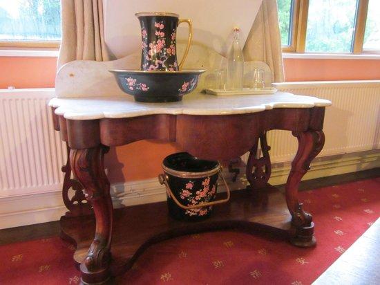 Lough Owel Lodge: tavolinetto