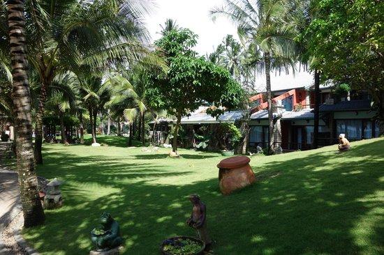 Hoang Ngoc Resort: Отельная территория