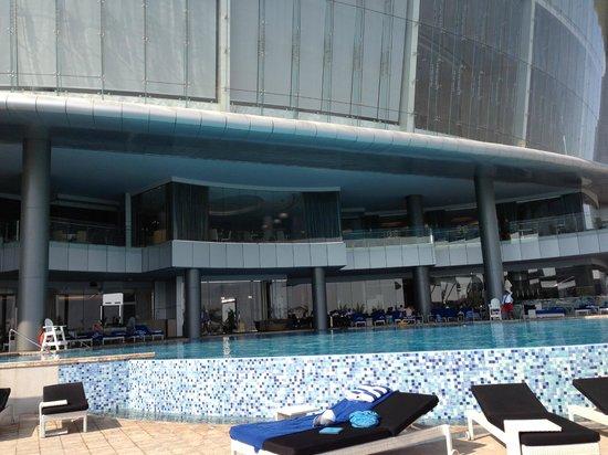 Pool Picture Of Jumeirah At Etihad Towers Abu Dhabi Tripadvisor
