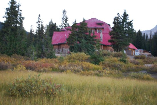 Num-Ti-Jah Lodge: the Lodge