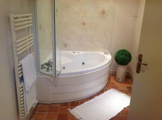 Maison D'hotes Lagatine : Bath