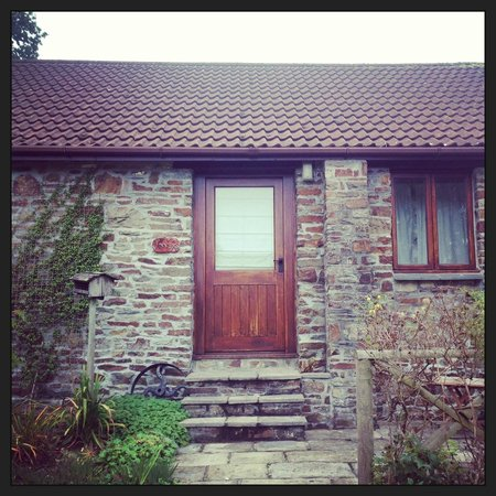 Sura Detox Retreats: Vinny's Cottage