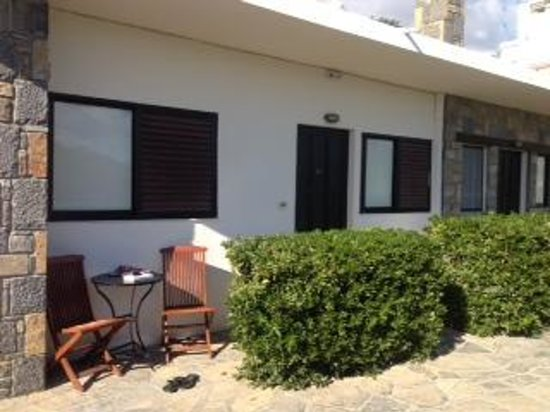 Golden Apartments: exterior - apartment 11