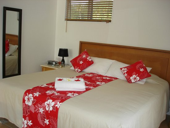 The Cooks Oasis Holiday Villas : Good Bed Size