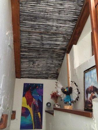Sedona Bear Lodge: 階段上からみた感じ