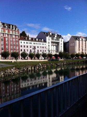 Hotel La Solitude: Nearby river