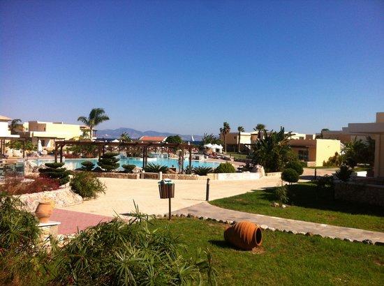 Eden Village Natura Park: Overzicht op het grote zwembad.