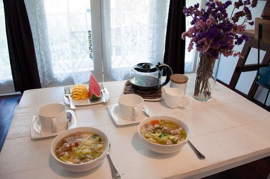 Littlest Guesthouse : Thai breakfast - delicious!