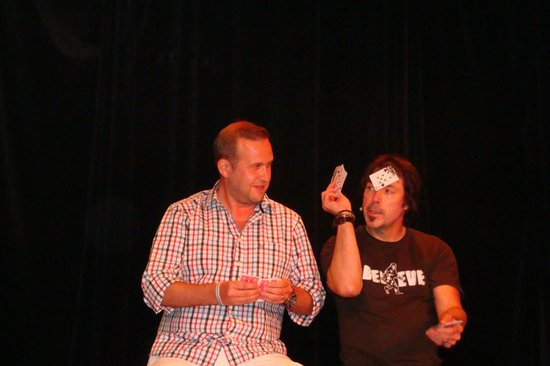 The Outta Control Magic Comedy Dinner Show: I never noticed he had the card stuck to his head