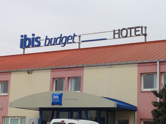 Ibis Budget Nuits Saint Georges : vue de l'extérieur