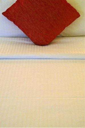 Novotel Singapore Clarke Quay: bedding