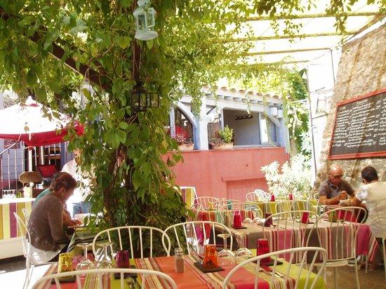 Restaurant La Farigoule By Angel: les exterieurs