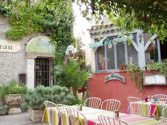 La Farigoule: la terrasse