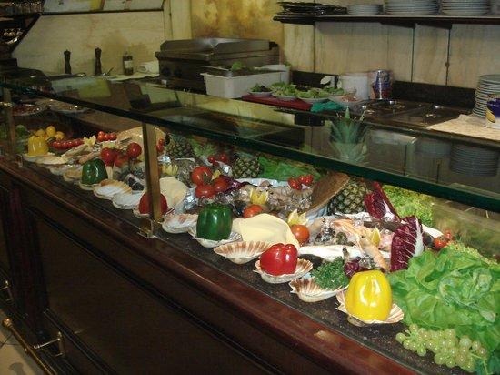 La Lampara : buffet di pesce