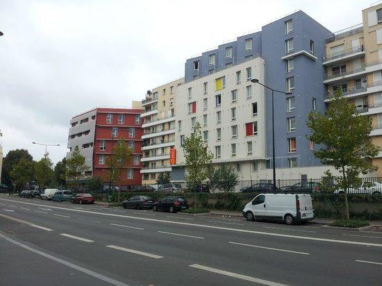 Adagio Access Saint Denis Pleyel : Ansicht von Strassenseite
