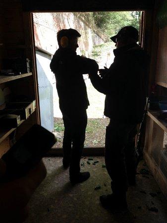 Grotgun Shooting Range: Inside the shed