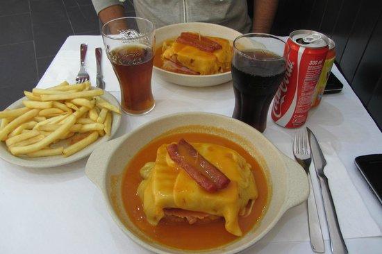 Restaurante Bufete Fase : The delicious Francesinhas!