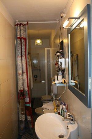 Il Torchio: Ванная комната