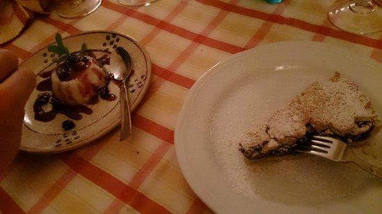 Fulana : panna cotta e torta cioccolato e nocciole