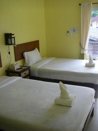 Baanbaramee Guesthouse : Twin-Betten