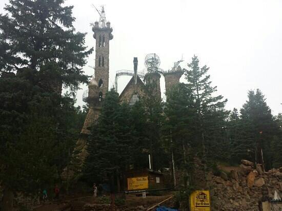 Denver Mountain Parks : Bishops Castle