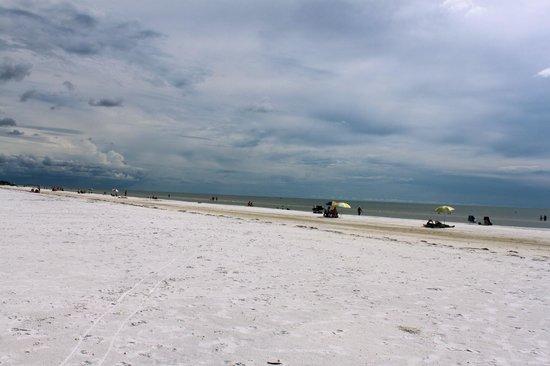 Flamingo Inn: Spiaggia